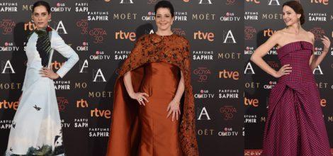 María León con vestido de Leandro Cano en la alfombra roja de los Premios Goya 2016