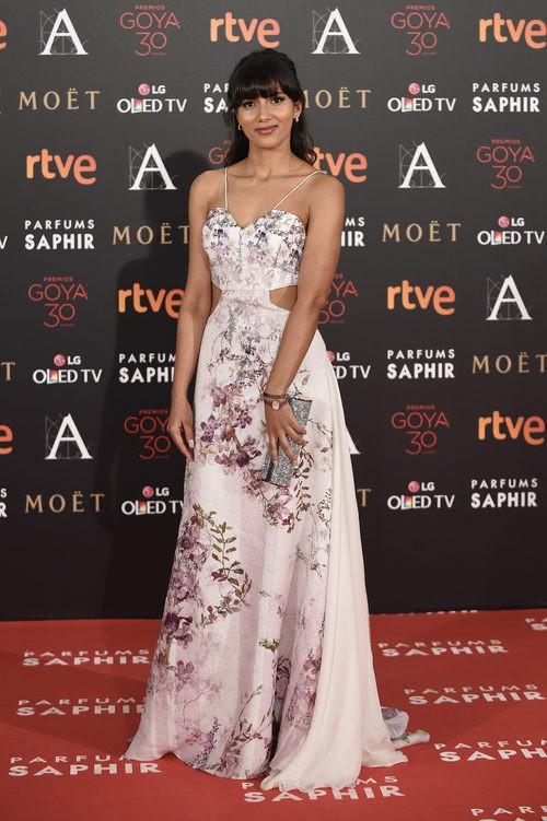 Mariam Bachir con vestido de Escada en la alfombra roja de los Premios Goya 2016