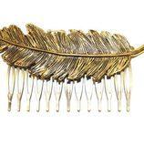 Peineta pluma en oro viejo de Alma Luzón para novias