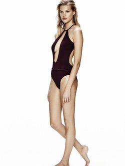 Trikini con escote y espalda abierta de Calvin Klein para la temporada verano 2016