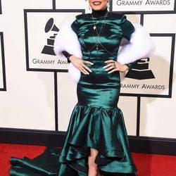 Mejor y peor vestidas en la alfombra roja de los Premios Grammy 2016