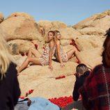 Monos ligeros étnicos de  H&M para el festival Coachella Valley