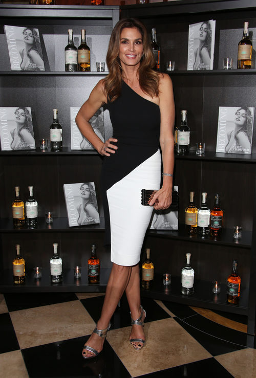 Cindy Crawford en la presentación de su libro 'Becoming' en Londres