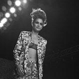 Cindy Crawford desfilando para Todd Oldham en 1995 en Nueva York