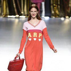Vestido camisero de Ágatha Ruiz de la Prada en la FW de Madrid para otoño/invierno 2016/2017