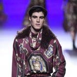 Traje jacquard inspiración torero de Francis Montesinos en la FW de Madrid para otoño/invierno 2016/2017