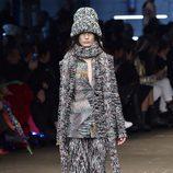 Conjunto gris de lana de Missoni en la FW de Milán para otoño/invierno 2016/2017