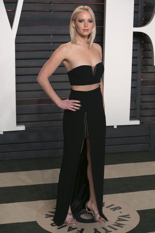 Jennifer Lawrence de Alexander Wang en la fiesta Vanity Fair 2016