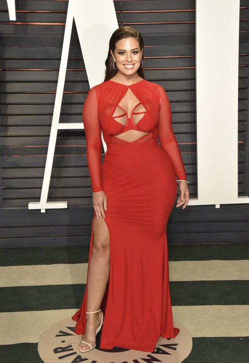 Ashley Graham en la fiesta de Vanity Fair post-Oscar 2016