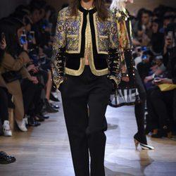 Desfile de Givenchy en Paris Fashion Week otoño/invieno 2016/2017