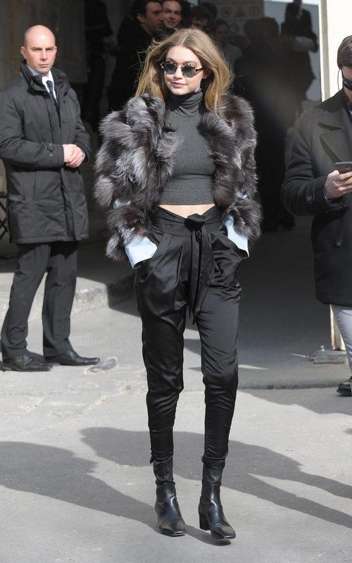 Gigi Hadid en desfile de Chanel en la Paris Fashion Show 2016