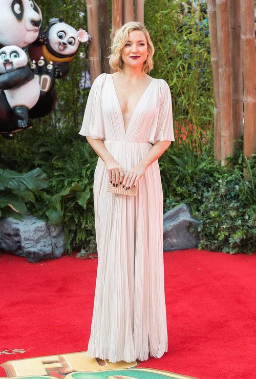 Kate Hudson en el estreno de Kung Fu Panda 3 en Londres con vestido de J.Mendel