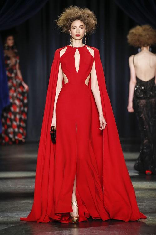 Vestido de noche de Naeem Khan participa en Barcelona Bridal Fashion Week 2016