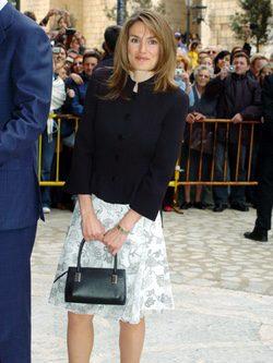 Letizia Ortiz con un falda de Jorge Vázquez en la Misa de Pascua 2004
