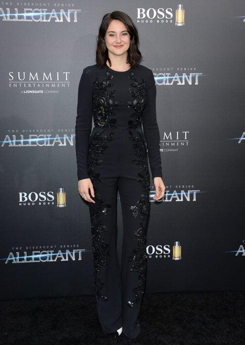 Shailene Woodley en el estreno 'La serie Divergente: Leal' con un jumpsuit de Elie Saab