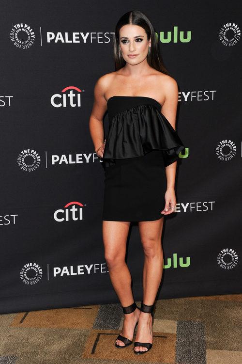 Lea Michele promocionando 'Scream Queens' con un vestido de Jill Stuart