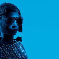 Cara Delevingne, embajadora de la colección de gafas 2016 de Chanel