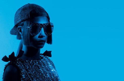 Cara Delevingne, embajadora de la colección de gafas graduadas y de sol 2016 de Chanel