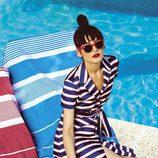 Vestido abotonado y escote cruzado estilo náutico colección Primavera/ Verano 2016 de Dolores Promesas