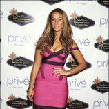 Leona Lewis con un vestido Hervé Léger Bandage Strap