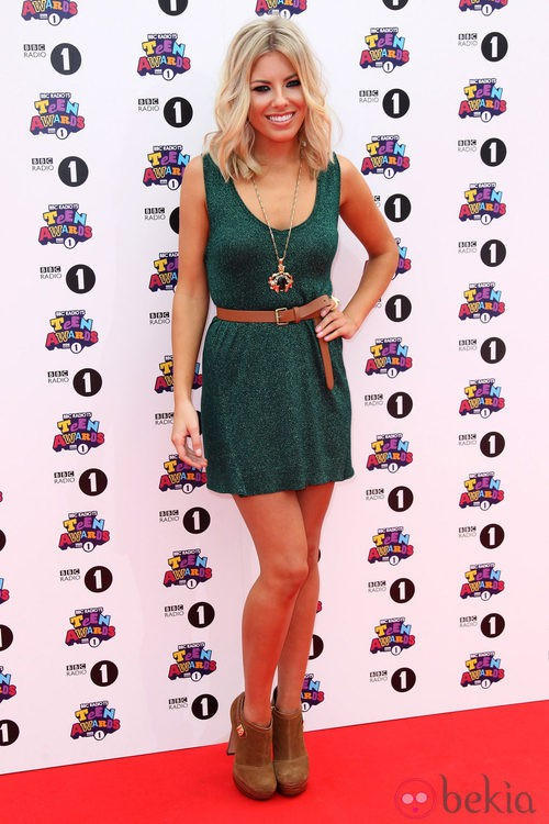 Estilismo de Mollie King en los Teen Awards 2011