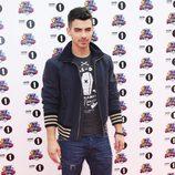 Estilismo de Joe Jonas en los Teen Awards 2011