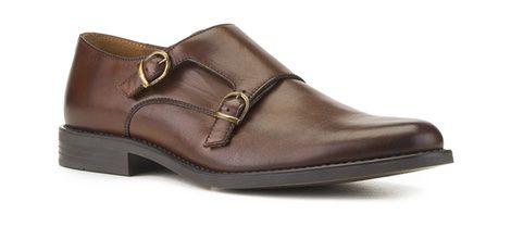 Zapato de cuero marrón con correas de la colección primavera/verano 2016 de Merkal