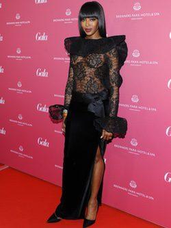 Naomi Campbell Con vestido de encajes en la gala SPA Awards