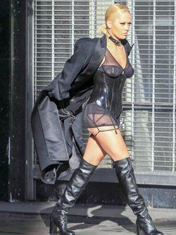 Rita Ora en su última sesión de fotos en Los Ángeles