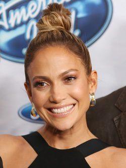 Jennifer Lopez en la presentacion de American Idol