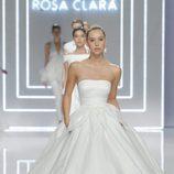 Desfile de la coleccion de novias 2017 de Rosa Clará