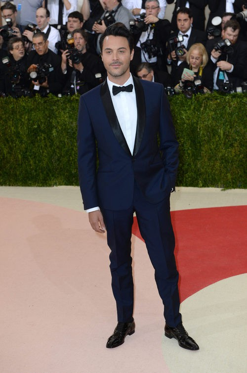 Jack Huston en la alfombra roja de la Gala Met 2016