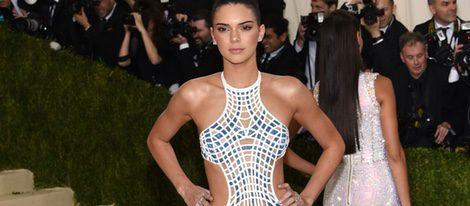 Kendall Jenner en la alfombra roja de la Gala Met 2016