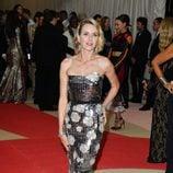 Naomi Watts en la alfombra roja de la Gala Met 2016