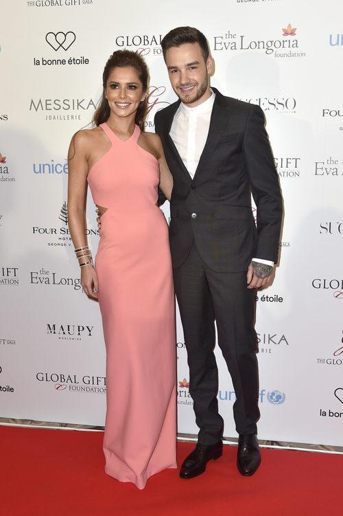 Cheryl Cole con un vestido de Elizabeth and James en la Global Gift Gala 2016 de París