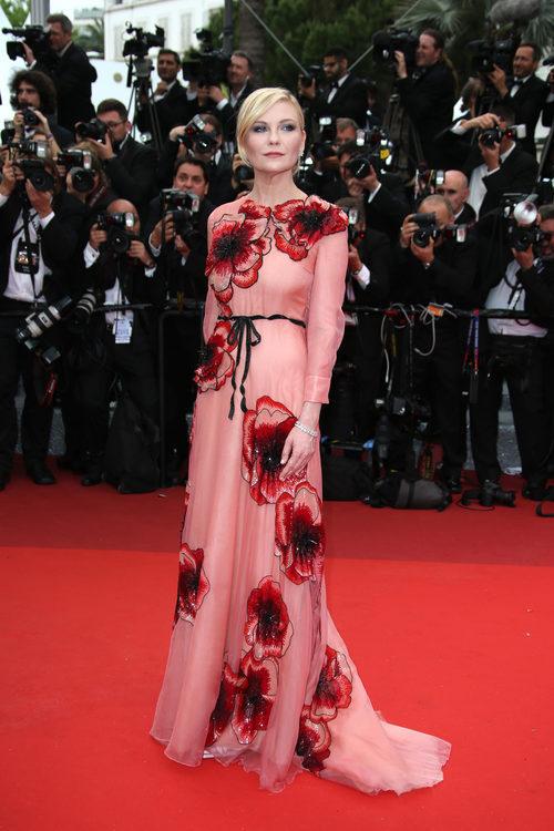 Kirsten Dunst en la alfombra roja del Festival de Cannes 2016
