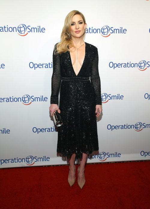 Kate Hudson con un vestido de Derek Lam en la Operation Smile Gala 2016