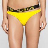 Tanga bikini amarillo colección logotipo de Calvin Klein 2016 para mujeres