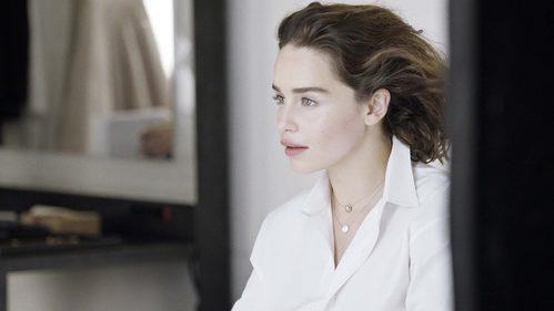 Emilia Clarke para la colección Rose des Vents de Dior fotografiada por Patrick Demarchelier