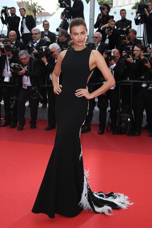 Irina Shayk en la alfombra roja del Festival de Cannes 2016