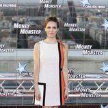 Vanesa Romero en la premiere de Money Monster' con un vestido geométrico