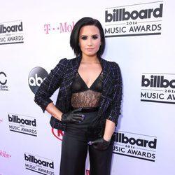 Demi Lovato en la alfombra roja de los Premios Billboard 2016