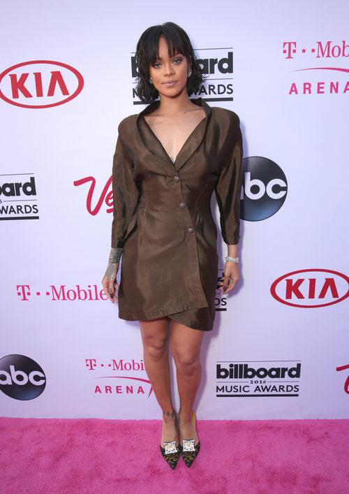 Rihanna en la alfombra roja de los Premios Billboard 2016