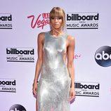 Ciara con un vestido con aperturas laterales en los Billboard Awards 2016