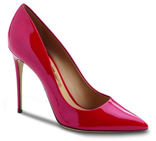 Stilettos rojos en charol de la colección otoño 2016 de Salvatore Ferragamo
