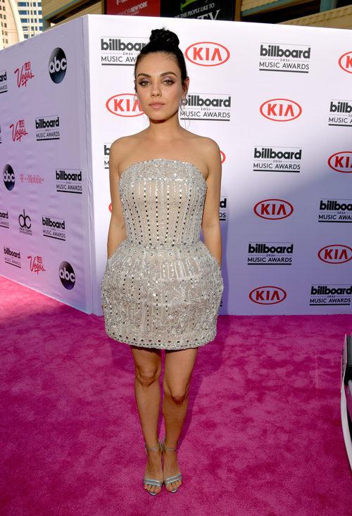 Mila Kunis en la alfombra roja de los Billboard Awards 2016