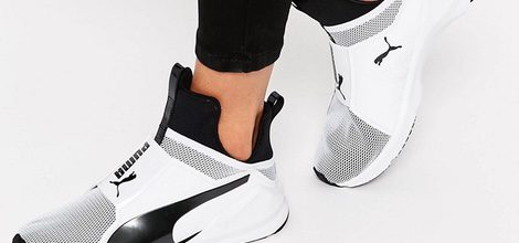 Zapatillas deportivas blancas y negras de la colaboración de Puma para ASOS
