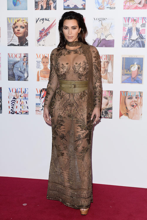 Kim Kardashian con un vestido de Roberto Cavalli en la fiesta del 100 aniversario de Vogue en Londres