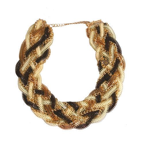 Collar trenzado con cadenas negras y doradas de la colección de verano 2016 de Lola Casademunt