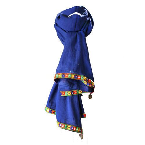 Pañuelo azul klein de la colección de verano 2016 de Lola Casademunt